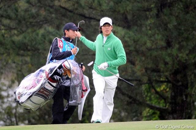 2010年 マイナビABCチャンピオンシップゴルフトーナメント 初日 石川遼 2年ぶりの優勝を狙う石川は2アンダー11位タイとまずまずのスタート