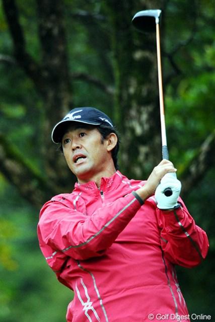 2010年 マイナビABCチャンピオンシップゴルフトーナメント 初日 鈴木亨 今季不調の鈴木亨が連覇を狙える好スタートをきった
