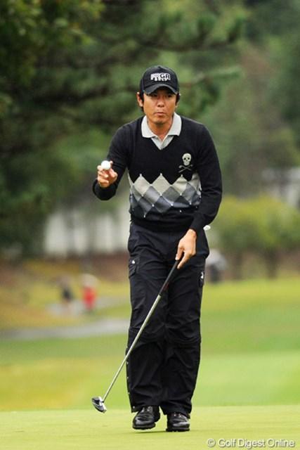 2010年 マイナビABCチャンピオンシップゴルフトーナメント 初日 矢野東 おお~、好スタートやん!夏以降は好調維持。そろそろ一発かませそうか?