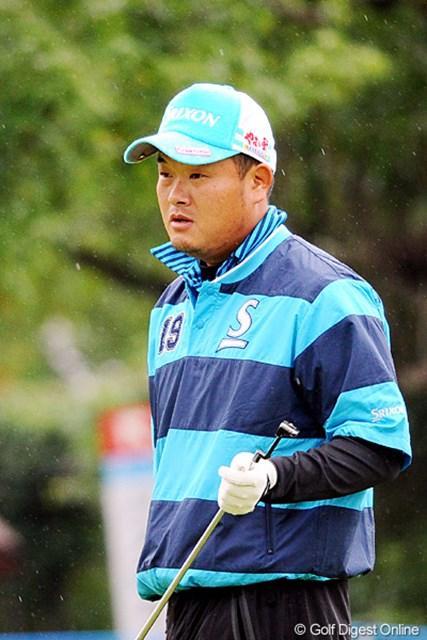 2010年 マイナビABCチャンピオンシップゴルフトーナメント 初日 小田孔明 さすがは神戸の鬼・孔明ちゃん。三宮からコースに通える試合は強いですワ!よっぽど相性がええんやろネ!6位T