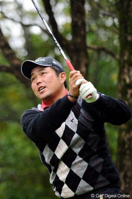 2010年 マイナビABCチャンピオンシップゴルフトーナメント 初日 小田龍一 秋に入ってからナイスプレーが続いてます。なんか、オダリュウって呼ばれるのはイヤらしいですワ。スンマソン。24位T