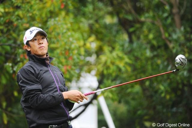 2010年 マイナビABCチャンピオンシップゴルフトーナメント 初日 上井邦浩 残念なバースデーになってもたなァ。一緒に回ったアマの櫻井君にあおられたんかなァ・・・。68位T
