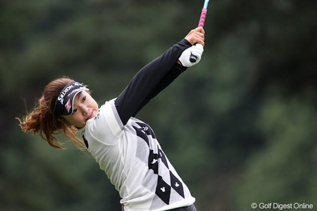 2010年 樋口久子IDC大塚家具レディス 初日 青山加織 トップと2打差の2アンダーフィニッシュ。「台風前にもうちょっと頑張りたい気持ちが強かったです。」