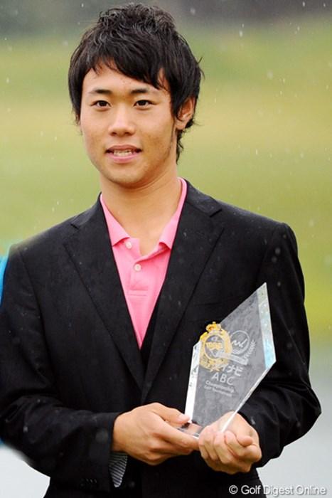 4度目の挑戦で初めて予選を突破した櫻井勝之がベストアマも獲得した 2010年 マイナビABCチャンピオンシップゴルフトーナメント 最終日 櫻井勝之