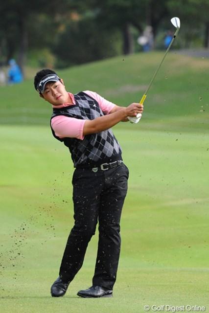 2010年 マイナビABCチャンピオンシップゴルフトーナメント 最終日 薗田峻輔 今日の5アンダーは立派ですワ。強いワ。いよいよホンマモンですワ。堂々としとるしなァ。若いって素晴らしい!12位