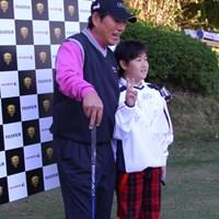 抽選で当たった人はお気に入りのプロと写真が撮れる 2010年 富士フイルムシニアチャンピオンシップ 事前 尾崎健夫