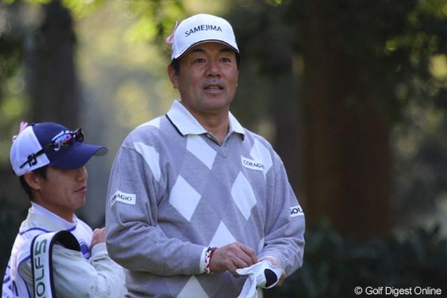 2010年 富士フイルムシニアチャンピオンシップ 初日 室田淳 今季は1勝と大人しい室田淳が、2勝目に向けて首位と3打差とまずまずのスタート