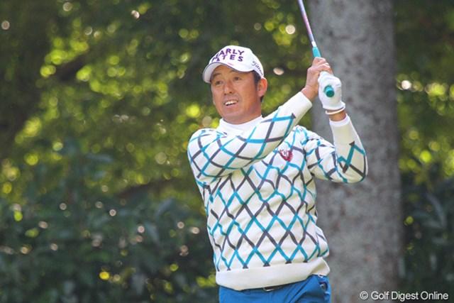 2010年 富士フイルムシニアチャンピオンシップ 初日 芹澤信雄 青木功とのラウンドで緊張したと話す芹澤だが、6位タイは優勝も狙える好位置