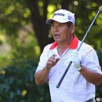 がんを克服してツアーに復帰した三好が2日間首位を守っている 2010年 富士フイルムシニアチャンピオンシップ 2日目 三好隆