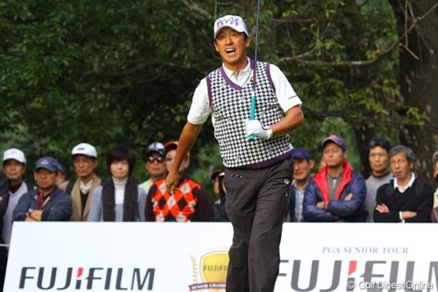2010年 富士フイルムシニアチャンピオンシップ 最終日 芹澤信雄 「今日最大のミス」という最終18番は左にラフに打ち込んだ