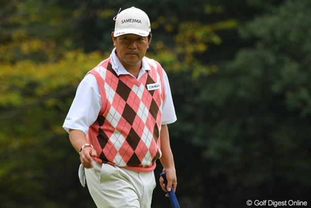 2010年 富士フイルムシニアチャンピオンシップ 最終日 室田淳 5ストローク伸ばして芹澤信雄にプレッシャーをかけた室田淳