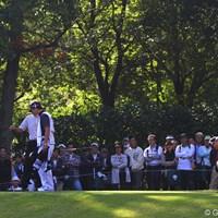 ジェットはティマーカーにどっこいしょ!青木は腰掛けずに腰を伸ばしていました 2010年 富士フイルムシニアチャンピオンシップ 最終日 尾崎健夫、青木功