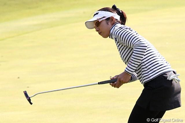 2010年 伊藤園レディスゴルフトーナメント 初日 馬場由美子 伊藤園所属、7オーバー、77位タイ、パチンコだったらフィーバーだったのに・・・。