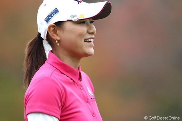 2010年 伊藤園レディスゴルフトーナメント 最終日 横峯さくら 賞金女王争いも厳しい状況だけど、さくらスマイルは健在です。