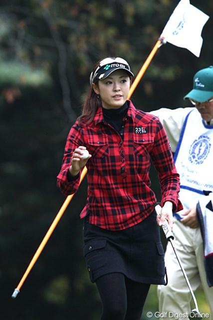 2010年 伊藤園レディスゴルフトーナメント 最終日 日下部智子 伊藤園所属で唯一決勝ラウンドに残った日下部智子は38位タイ