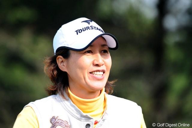 2010年 大王製紙エリエールレディスオープン 初日 鬼澤信子 キザワ先輩「アハハ」の満足笑顔。それもそのはず、イン33は久々のアハハで5位タイ発進。