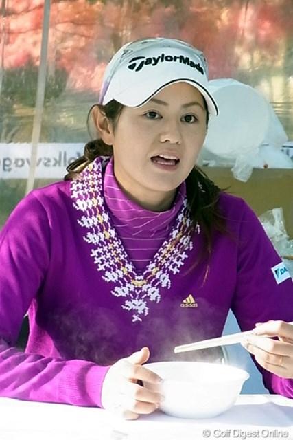 2010年 LPGAツアーチャンピオンシップリコーカップ 諸見里しのぶ 昨年賞金ランキング2位の諸見里しのぶだが、今季はここまで未勝利。怪我も抱えて苦しい1年となった(撮影:リコー CX4)