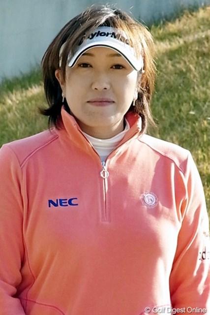 2010年 LPGAツアーチャンピオンシップリコーカップ 福嶋晃子 本人にとっては不本意なシーズンかも知れないが、一勝し、最終戦出場権を獲得しているのはさすがです(撮影:リコー CX4)