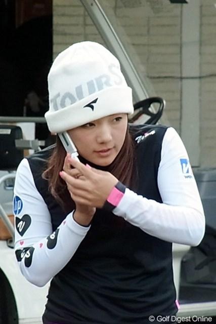 2010年 LPGAツアーチャンピオンシップリコーカップ 有村智恵 最近のツアーでは一番人気!いつも明るく前向きな姿勢がファンを惹きつけます(撮影:リコー CX4)