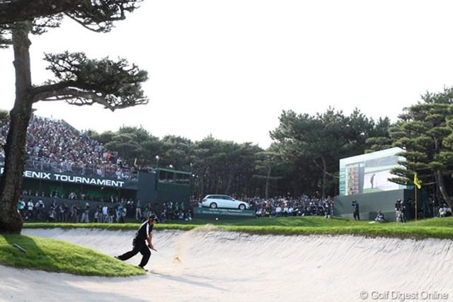 2010年 ダンロップフェニックストーナメント 最終日 池田勇太 最終18番サードショットする若大将。