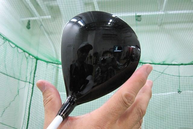 マーク試打 本間ゴルフ パーフェクトスイッチ440 NO.2 ヘッド体積は440CCと小ぶり。操作性があり弾道を操りやすい