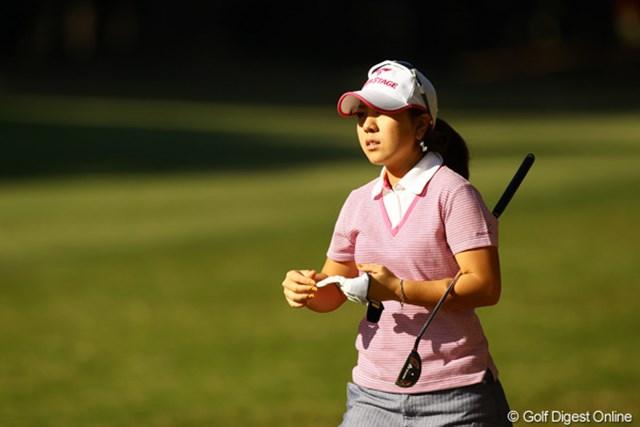 2010年 LPGAツアーチャンピオンシップリコーカップ 2日目 宮里美香 初優勝は今年、メジャーの日本女子オープン。2勝目もメジャーで飾るのでしょうか?悪条件になればなるほど、強さを発揮しそうな美香ちゃんです。