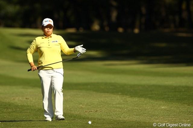 2010年 LPGAツアーチャンピオンシップリコーカップ3日目 アン・ソンジュ でも、ショットに入る寸前には勝負師の顔です。