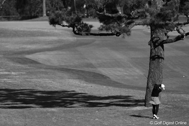 2010年 LPGAツアーチャンピオンシップリコーカップ3日目 イム・ウナ たまにはモノクロ写真でもお楽しみください。