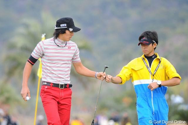 2010年 カシオワールドオープンゴルフトーナメント 最終日 石川遼 3日目と最終日に60台を連発したのは凄いで!来週はまたドラマがあるんやろなァ。カメラマンの皆様、ゴクローさんです!
