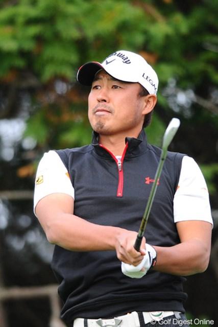 2010年 カシオワールドオープンゴルフトーナメント 最終日 谷口拓也 昨日の76がなかったらなァ・・・。それ以外の3日間で13アンダーやで・・・。優勝しとるやん!!