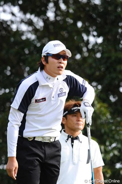 2010年 カシオワールドオープンゴルフトーナメント 最終日 キム・キョンテ 昨日のトラブルの影響か?意外な展開で、まさかの75と失速。遼君、勇太君に詰め寄られたでェ~。20位T
