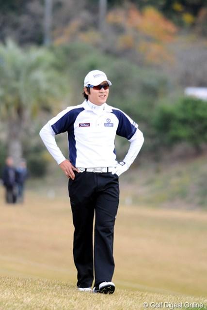 2010年 カシオワールドオープンゴルフトーナメント 最終日 キム・キョンテ 今週での賞金王確定は逃したが、絶対的優位の立場で最終戦を迎えるキム・キョンテ