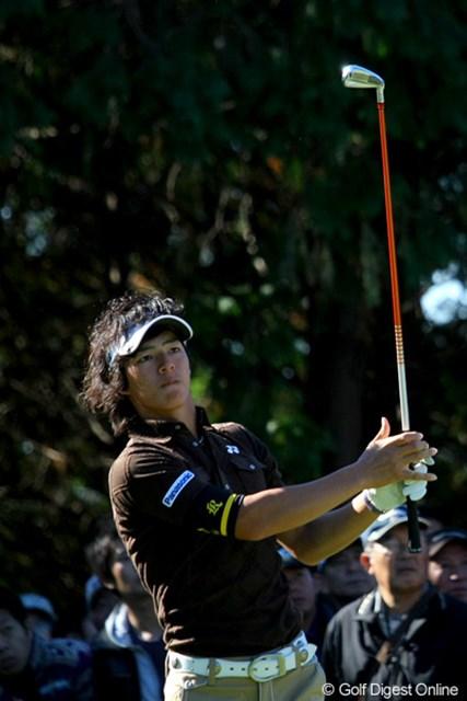 2010年 JGTOプレーヤーズラウンジ 石川遼 ゴルフでもファッションでも、常に最先端を走り続ける石川遼