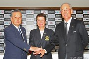 2010年 Hitachi 3Tours Championship 2010 事前 (左から)小泉直JGTO会長、樋口久子LPGA会長、松井功PGA会長