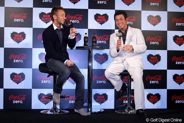 2011年 Coca-Cola Zero 3D CHALLENGER'S SUMMIT 池田勇太&中田英寿氏 トークショーを行った池田勇太と元サッカー日本代表の中田英寿氏。会話も弾み、笑顔が絶えないイベントとなった