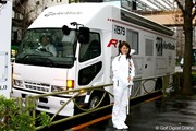 2011年 諸見里しのぶが新ドライバーをPR!