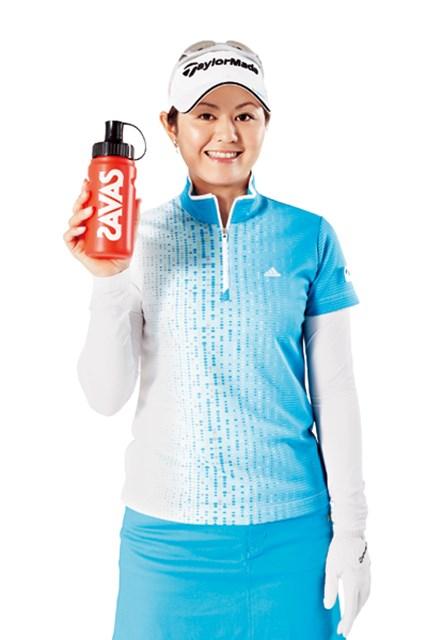スポーツサプリメントブランド「ザバス」と、栄養サポート、広告契約を締結した諸見里しのぶ
