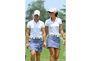 2011年 HSBC女子チャンピオンズ 2日目 ミッシェル・ウィ(右)&スーザン・ペターセン