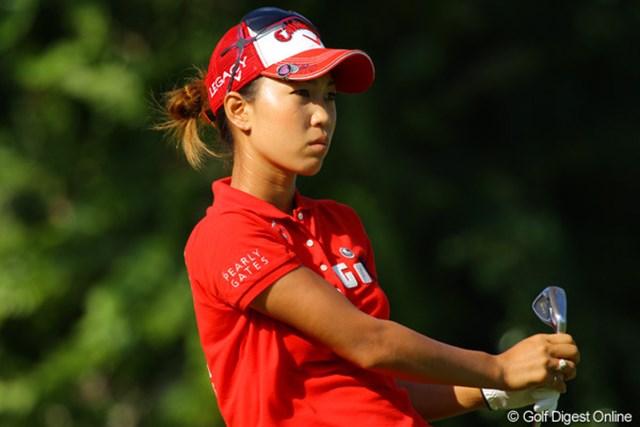 上田桃子はスイングに悩みながら我慢のゴルフを展開
