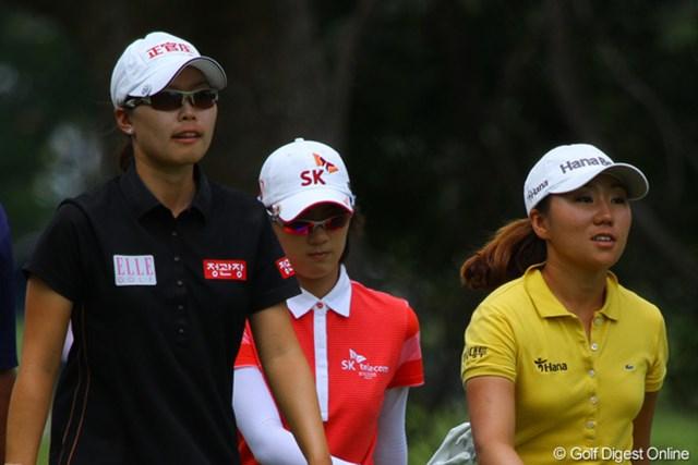 最終組のひとつ前は全員が韓国人選手。左からユ・スンヨン、チェ・ナヨン、キム・インキョン
