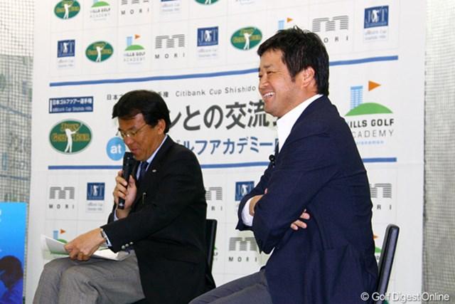 2011年 「日本ゴルフツアー選手権 Citibank Cup Shishido Hills」ファンとの交流会 横田真一 ファンを前にトークショーを行った横田真一。ツアー選手権への想いを熱く語った