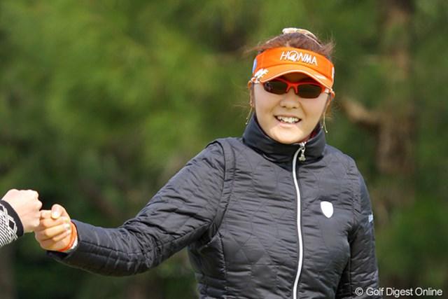 2011年 ダイキンオーキッドレディスゴルフトーナメント 初日 藤田幸希 2011年開幕戦の第1ラウンド、単独首位の好スタートを決めたのは藤田幸希