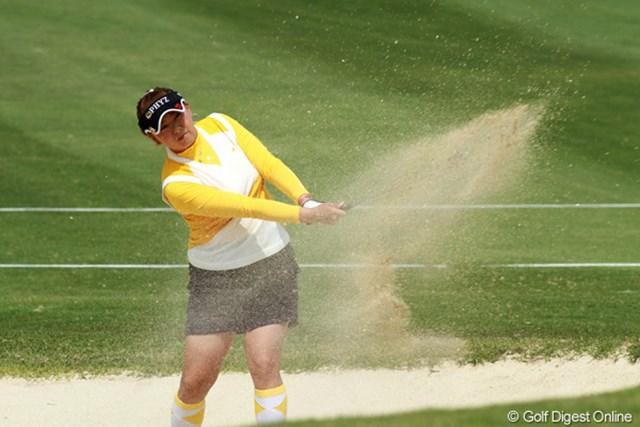 2011年 ダイキンオーキッドレディスゴルフトーナメント 最終日 佐伯三貴 初日の出遅れを2日間で取り戻して2位に食い込んだ佐伯三貴