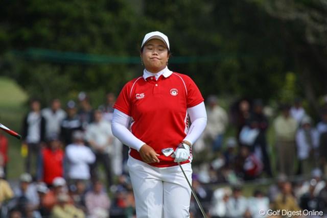 2011年 ダイキンオーキッドレディスゴルフトーナメント 最終日 アン・ソンジュ ディフェンディングチャンピオンで昨年の女王アン・ソンジュ。今日は80の大叩き