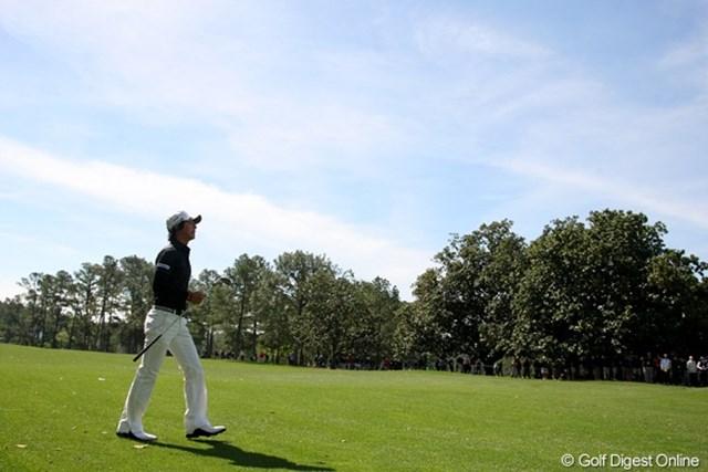 2011年 マスターズ 事前情報 石川遼 青空に恵まれているオーガスタ。火曜日は一気に冷え込み半袖では過ごせない寒さだった