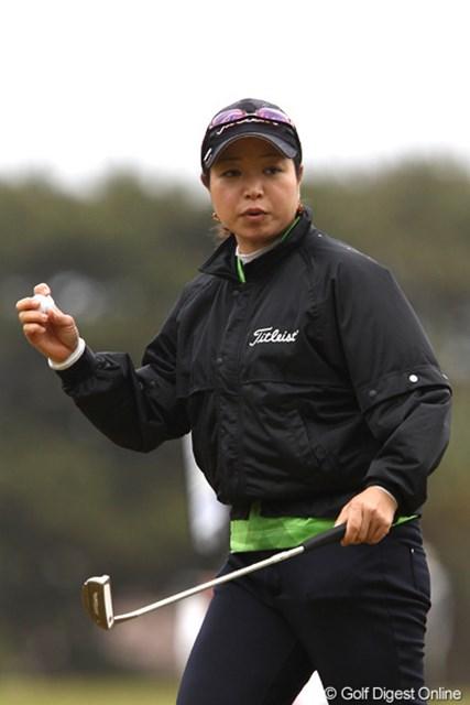 予選会を勝ち上がっての出場権を手にした山本薫里が3位に浮上。ツアー初勝利なるか!?
