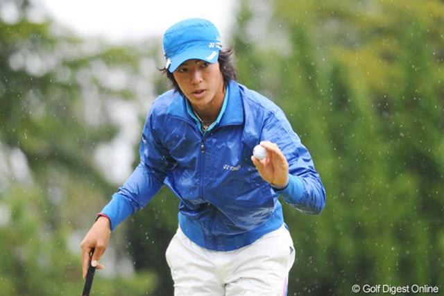 2011年 つるやオープンゴルフトーナメント 3日目 石川遼 上がりホールで伸ばせず、ホールアウト後の石川遼は厳しい表情だった