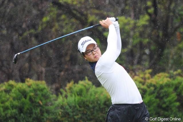 2011年 つるやオープンゴルフトーナメント 3日目 黄ジュンゴン ジュゴン君やと思てたらジュンゴン君でした。某女子プロのマネージャーにびっくりするほど似てます!