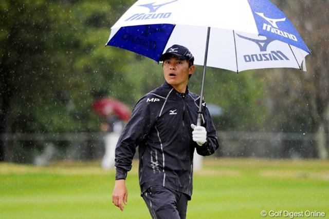 2011年 つるやオープンゴルフトーナメント 3日目 上田諭尉 15番ホールまでパープレーで耐え抜きました。明日は6時30分からスタートです。キビシー!