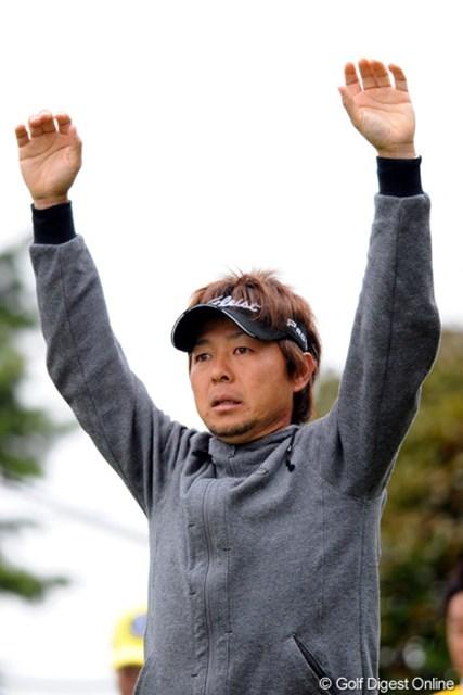 2011年 つるやオープンゴルフトーナメント 最終日 小泉洋人 裏街道スタートにもかかわらず、通算10アンダーで15位タイに食い込みました!チャレンジのチャンプです
